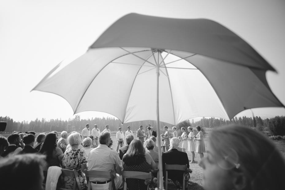house-on-metolius-wedding-oregon-005