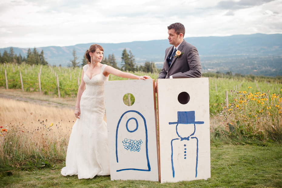 pacific-northwest-fall-gorge-crest-wedding-035