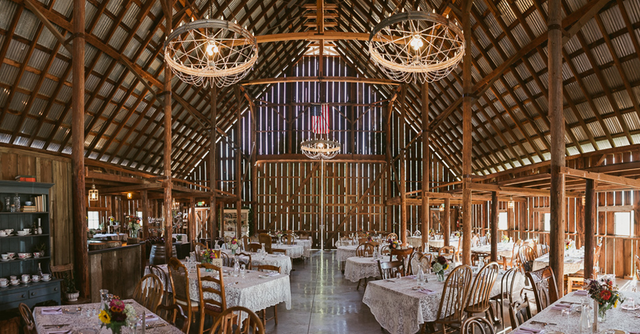019 tin roof barn columbia gorge wedding
