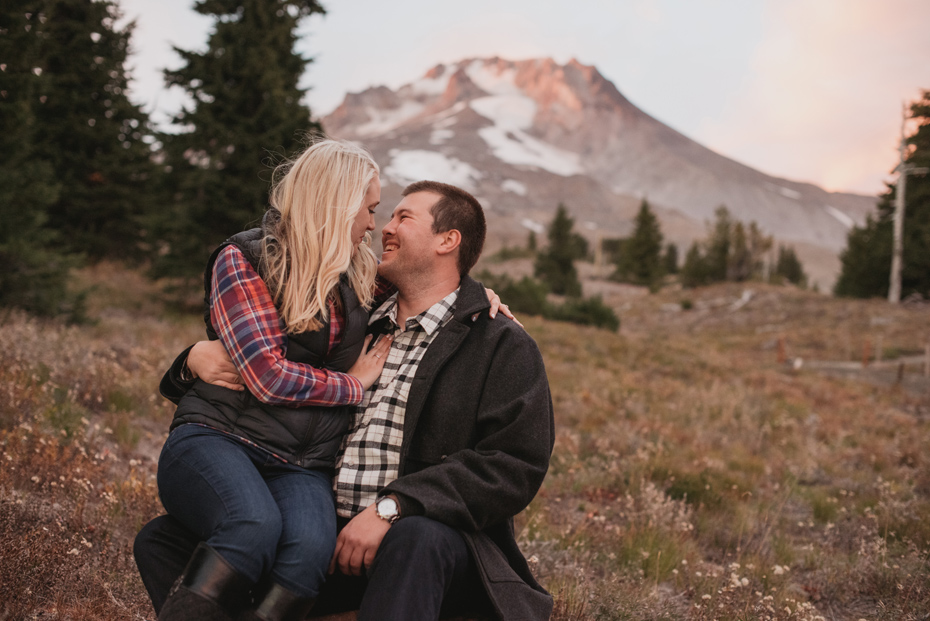 030 mt hood sunset engagement photography