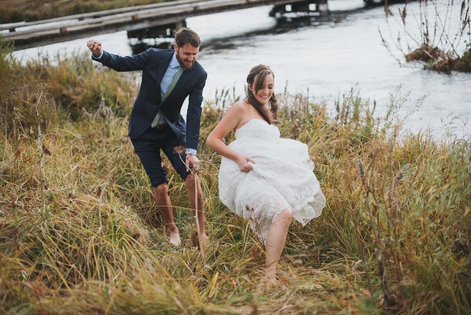 090 house on metolius central oregon wedding