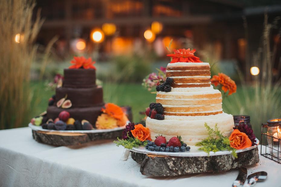 093 house on metolius central oregon wedding