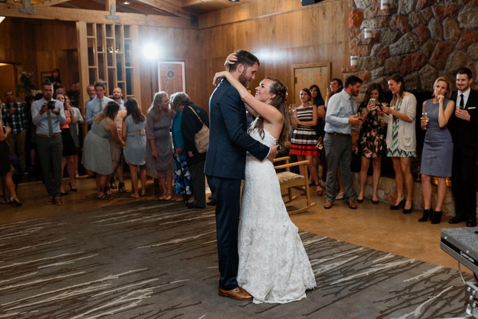 097 house on metolius central oregon wedding