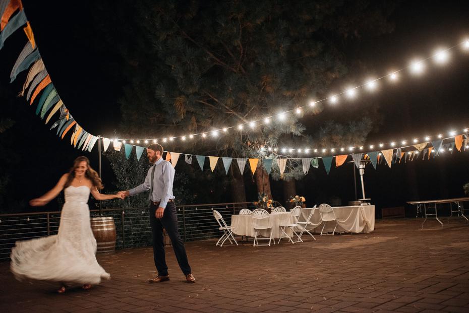 101 house on metolius central oregon wedding