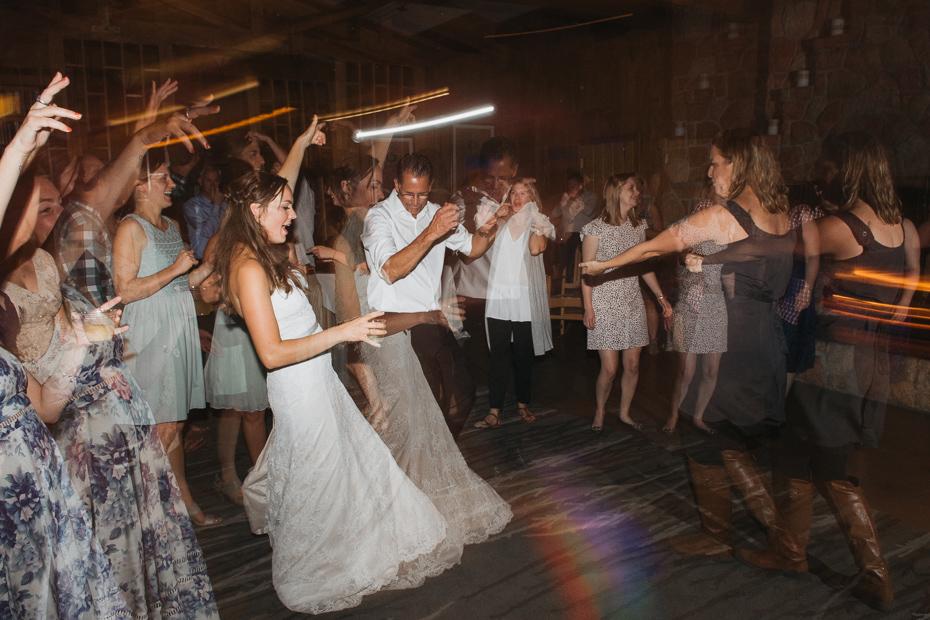 103 house on metolius central oregon wedding
