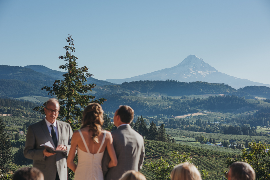 Hood River wedding at the Crag Rat Hut near Mt. Hood