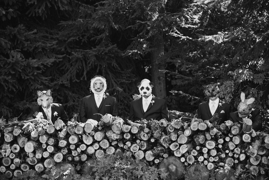 078 mount hood organic farms wedding with masks