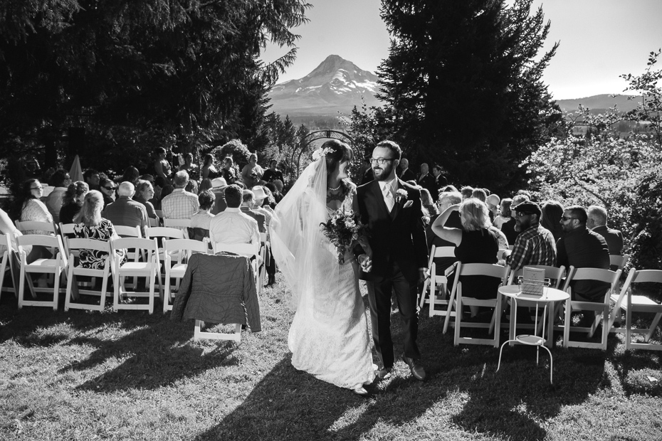 107 mount hood organic farms wedding with masks