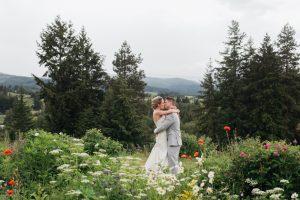 001 playful mt hood organic farms wedding 1
