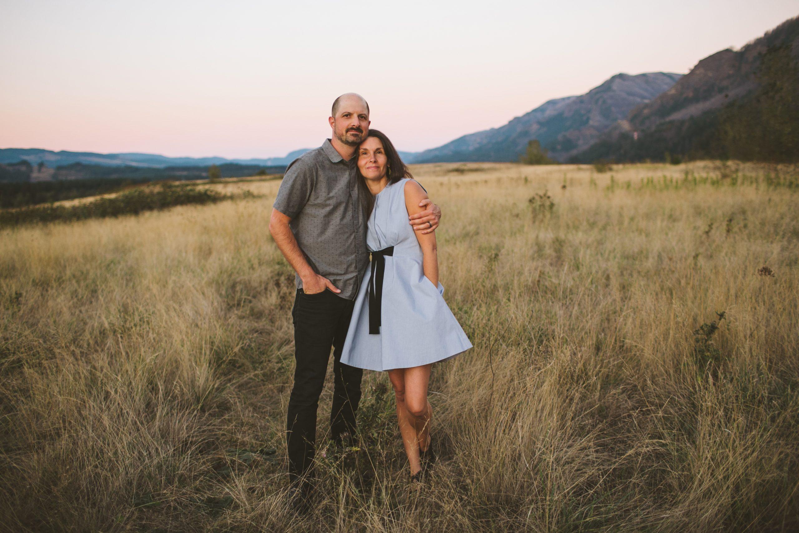 Ryan & Joelle Flood, Columbia Gorge wedding photographers